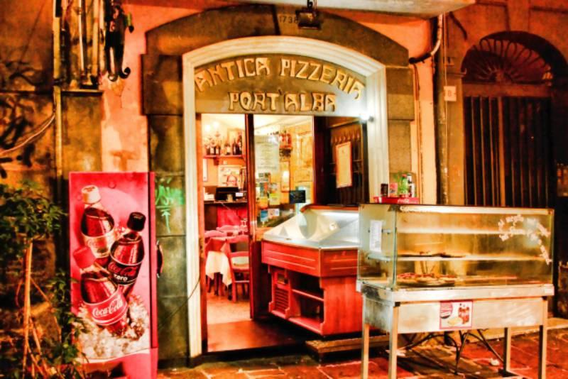Esta imagem possuí um atributo alt vazio; O nome do arquivo é Fachada-da-pizzaria-napolitana-Foto-PB-Equipamentos.jpg